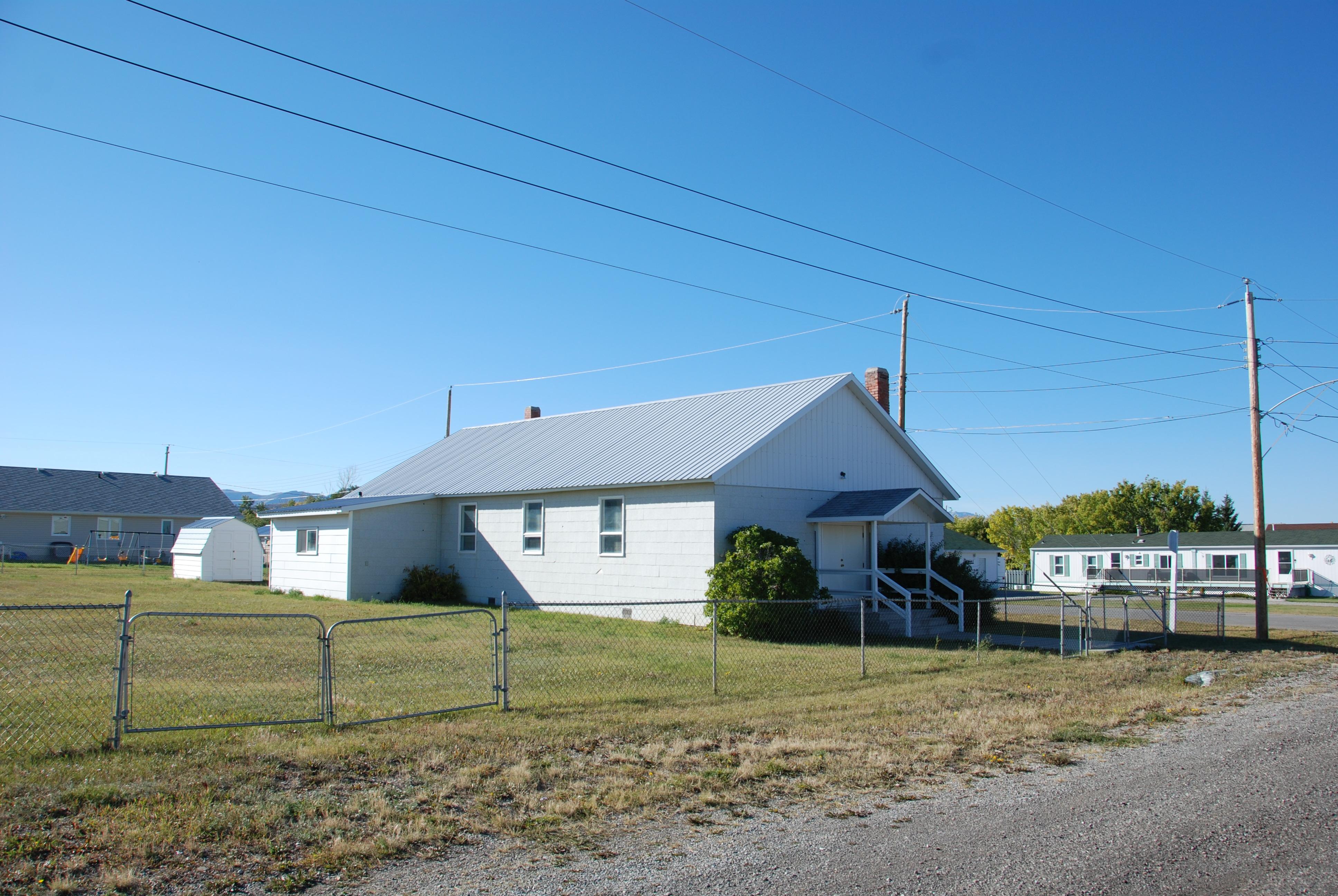 Doukhobor Prayer Home, Lundbreck – RETROactive