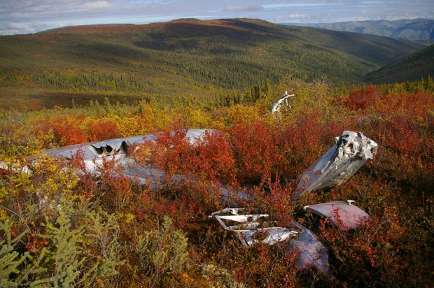 Wreckage of the SB-17G overlooking the valley it was unable to climb (photo T. Kristensen).