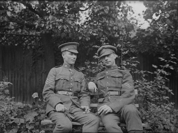 J. C. Kerr (right) c. 1914-1919 (Credit: Canada Dept. of National Defence/Library and Archives Canada).