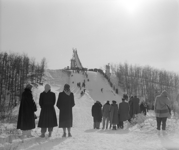 Spectators at Camrose Ski Jump, 1954 (Provincial Archives of Alberta, PA237.1).
