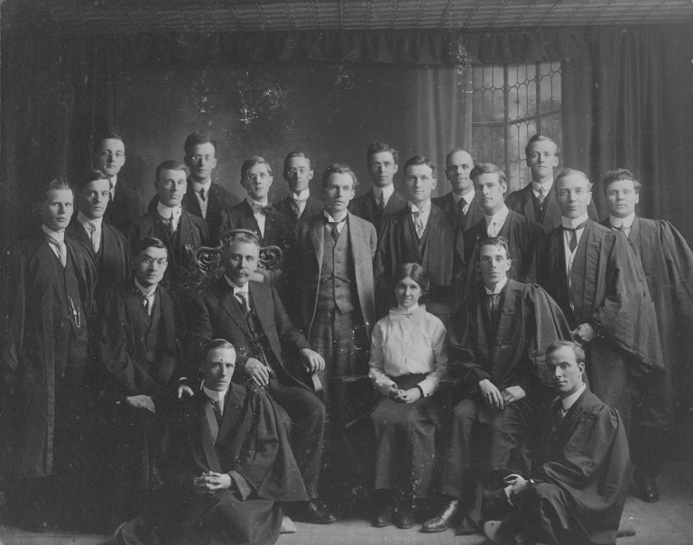 Formal group portrait of the members of the Alberta College South Glee Club, 1912-1913 (Provincial Archives of Alberta, A16351).