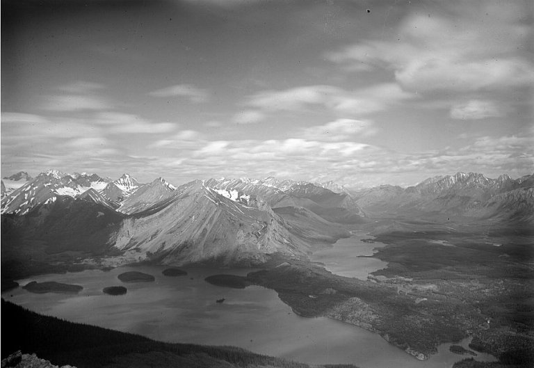 1914 photograph of Upper Kananaskis Lake