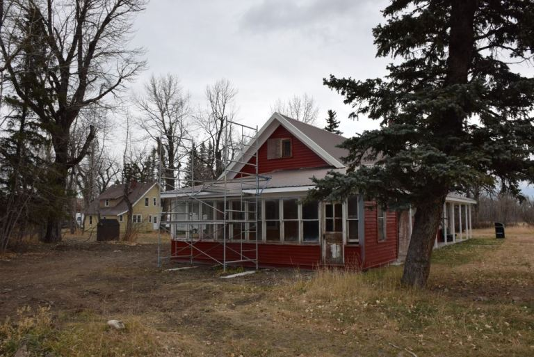 Conservation of the main ranch (or Prince's) house with restoration of the historic paint colour, October 2015.