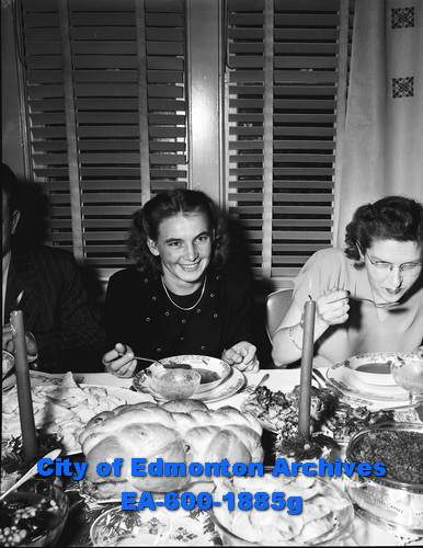 Christmas Eve meal, January 5, 1949. Photo: Eric Bland, from City of Edmonton Archives.