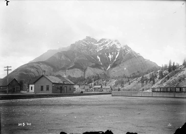 Cascade Mountain from Anthracite, AB, 1902. Source: Library and Archives Canada, MIKAN 3302731