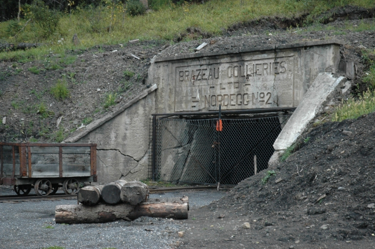 Nordegg, Brazeau Collieries Minesite, mine portal 2001. Source: Alberta Culture and Tourism – Historic Resources Management Branch