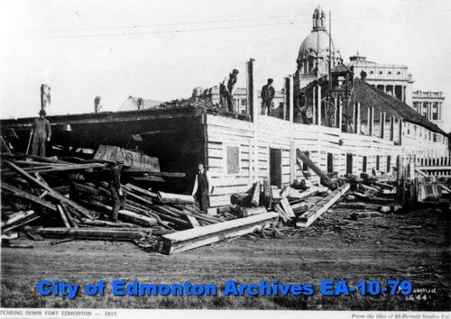 Demolition of Fort Edmonton (1915), City of Edmonton Archives EA-10-79.