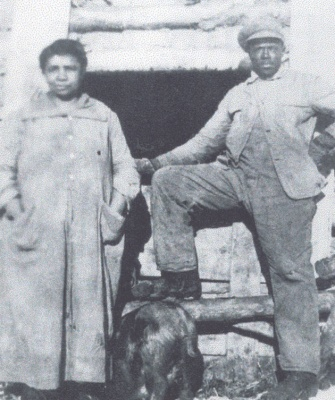 Willis and Jeanie Bowen at Amber Valley, courtesy of the Black Settlers of Alberta and Saskatchewan Historical Society.