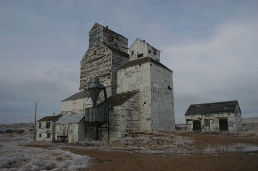Grain elevators, Altario.