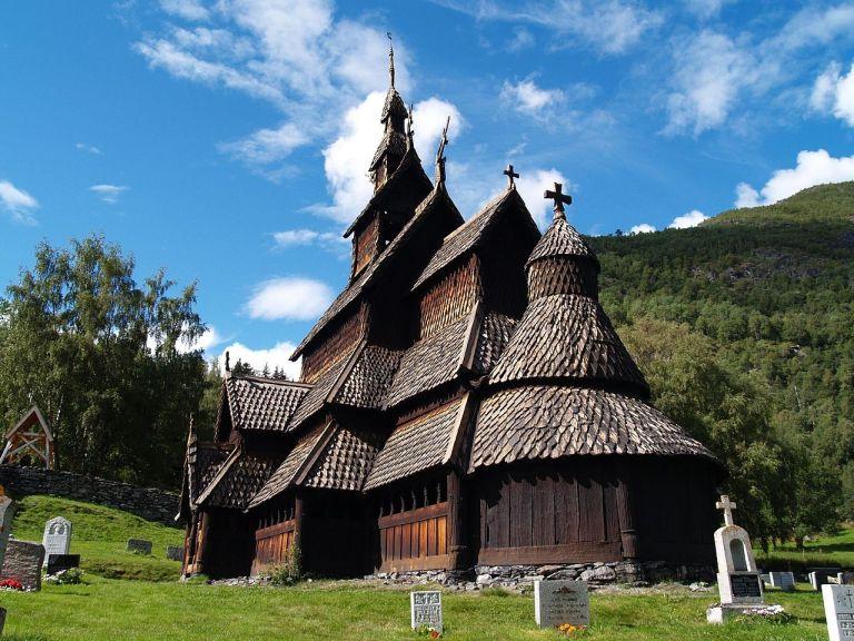 1280px-Borgund_Stavekirk,_Norway
