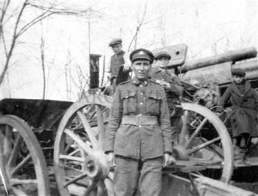 Private Nick King of the 50th Battalion, 1916. Provincial Archives of Alberta A21175.