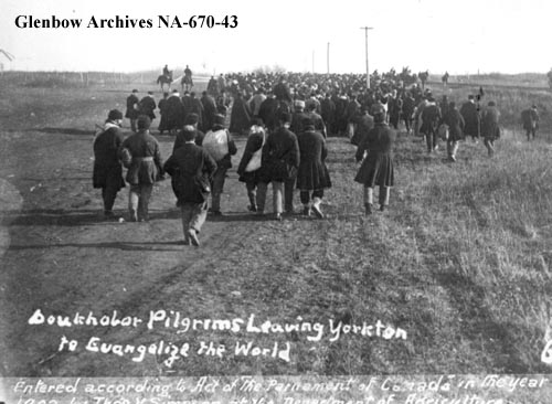 Doukhobors leaving Yorkton, Saskatchewan, on a religious pilgrimage in 1902.