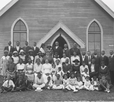 Emmanuel African Methodist Church congregation, early 1920s, Edmonton