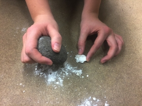 Making an experimental bead blank using a hammerstone.