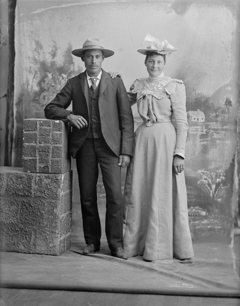 Last name Calihoo taken by the Ernest Brown Studios. Date unknown. Source: Provincial Archives of Alberta.